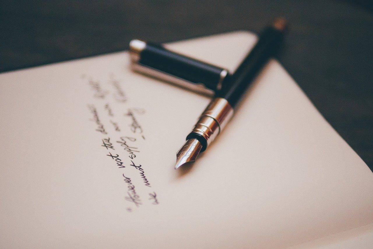 Szövegírás